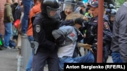 Задержания участников акции в Москве. 14 июля 2019 г.