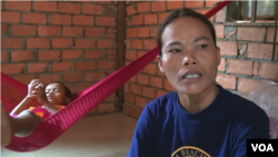 Uch Navy says her son, Chhel Vanhong, has sustained her will to live. The Cambodian woman contracted HIV from her late husband, who committed suicide in 2013.