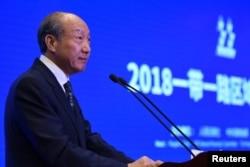 """海航集团董事长陈峰2018年10月30日在中国海南省博鳌举行的""""一带一路""""媒体合作论坛上发表讲话。"""