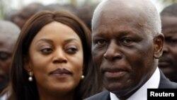 Tổng thống Angola Jose Eduardo dos Santos và vợ bà Ana Paula