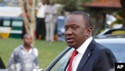Calon presiden Kenya Uhuru Kenyatta di Nairobi, Kenya (Foto: dok). Pengadilan tinggi Kenya telah membuka jalan bagi Kenyata untuk ikut dalam pemilihan presiden bulan depan.