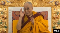 The Dalai Lama Begins Preliminary Teachings of 34th Kalachakra
