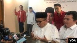 Wakil Ketua TKN Arsul Sani mengatakan pihaknya membentuk tim hukum berisi 40 orang yang diketuai Yusril Ihza Mahendra. (VOA/Rio Tuasikal)