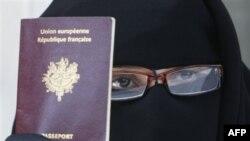 Franca dhe projektligji për ndalimin e shamive myslimane të kokës