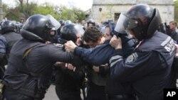 烏克蘭警民衝突。