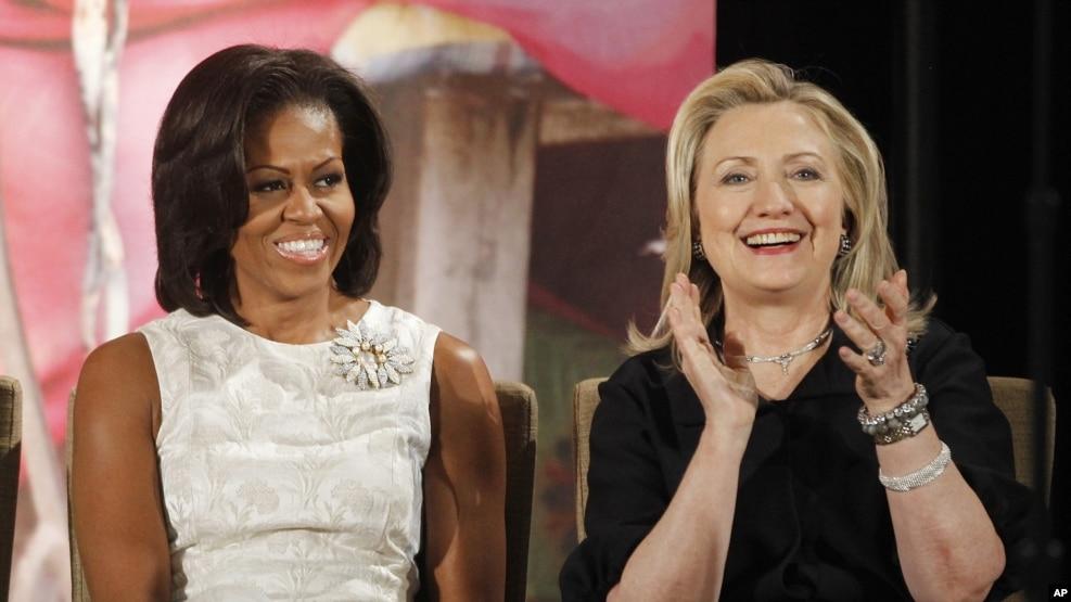 La primera dama goza de un 59% de opiniones positivas entre los estadounidenses, que la ponen muy por encima de Clinton e incluso de su esposo