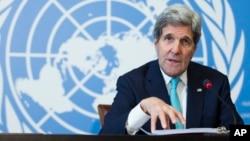 Menlu AS John Kerry Senin (2/3) membela Israel di hadapan Dewan HAM PBB di Jenewa, Senin (2/3).