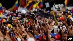 Los venezolanos exigen respeto a sus derechos fundamentales.