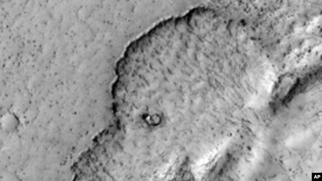 An image of Mars shows what looks like a giant elephant, but is actually an ancient lava flow.