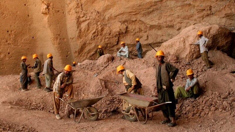 پاکستاني او چینايي قاچاقبران معدنونه غلا کوي- ننګرهار چارواکي