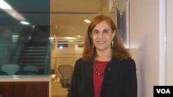戰略與國際研究中心學者葛萊儀接受美國之音採訪 (美國之音平章拍攝)