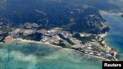 Foto udara Pulau Okinawa di Jepang (foto: dok). Pesawat tempur F15 Amerika dilaporkan jatuh di lepas pantai Okinawa, Selasa pagi (28/5). Tidak ada korban dalam kecelakaan ini.