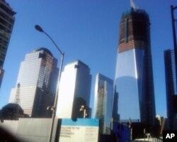 """图为正在世贸大楼原址上建筑的""""自由之塔""""(Freedom Tower)。"""