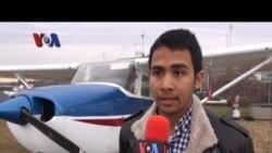 Pilot Indonesia di AS - VOA untuk Friends