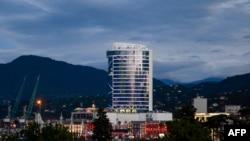 Wênê Leogrand hotel berî bûyera şewatê biqewim e, bajarê Batumi welatê Gurcistan