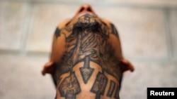 Las maras centroamericanas utilizan los tatuajes para registrar lealtades en su piel y contar historias de vida, entre otros motivos.