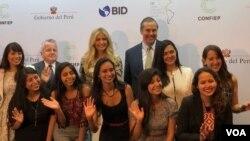 Ivanka Trump en el marco de la Cumbre de las Américas anunció en Lima, Perú un programa que moviliza cinco millones de dólares para ayudar a las mujeres a tener acceso a capital y oportunidades en Latinoamérica.