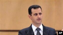 Le président syrien Bachar Al-Assad a annoncé que son gouvernement assistera aux pourparlers de paix prévus fin janvier à Genève avec les factions rebelles