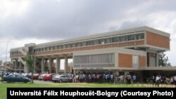 Manifestation d'étudiants à l'université Félix Houphouët-Boigny, 14 avril 2016.