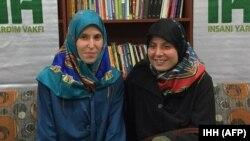 جمہوریہ چیک کی مغوی خواتین کی بازیابی کے بعد کی ایک تصویر