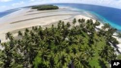 Marshall Islands ကြ်န္းျမင္ကြင္း။ (ႏိုဝင္ဘာ ၀၆၊ ၂၀၁၅)