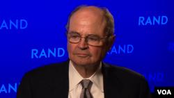 جیمز دابنز، نمایندۀ ویژۀ پیشین ایالات متحده در امور افغانستان و پاکستان