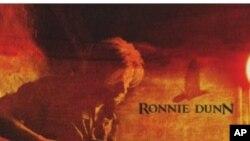 Ronnie Dunn debitantskim albumom osvojio top liste