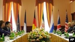 Cuộc họp giữa đại biểu 6 cường quốc và đại biểu của Iran tại Moscow hôm 18/6/12