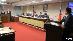 台湾申请成为亚投行创始成员遭拒成为立法院内政委员会质询的焦点(美国之音张永泰拍摄)