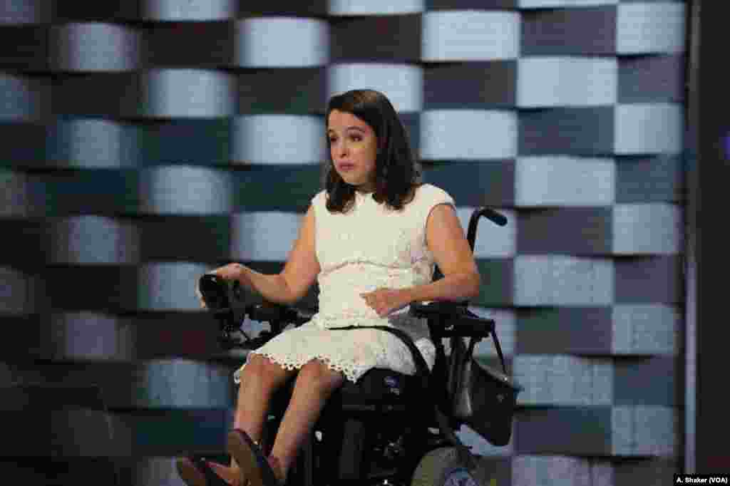 Anastasia Somoza, an international disability rights advocate, speaks during the first day of the Democratic National Convention in Philadelphia, July 25, 2016. (A. Shaker/VOA)