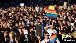 14 Haziran 2021 - Macaristan'da yürürlüğe giren LGBTQ karşıtı yasa Budapeşte'de protesto edildi