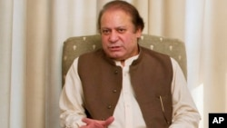 Pakistan's Prime Minister Nawaz Sharif speaks during a meeting in Islamabad, June 8, 2013.