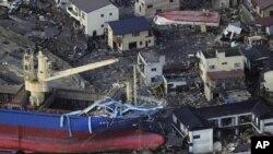 Terramoto no Japão: Dezenas de milhar de pessoas evacuadas em redor de central nuclear