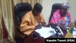 Suite aux travaux de la commission de conciliation, à Bamako, le 12 février 2017. (VOA/Kassim Traoré)