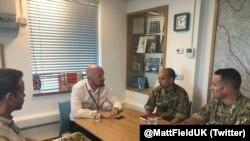 Ambasador Field sastaje sa pripadnicima EUFOR-a.
