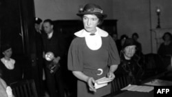 Margaret Sanger appeals for federal birth-control legislation at a Senate hearing in 1934
