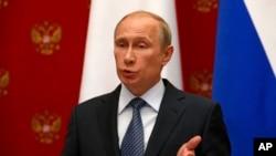 Krupno iznenađenje iz Moskve: Putin pozvao na odgodu referenduma na istoku Ukrajine