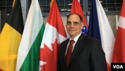 美国智库传统基金会负责国家安全与外交政策研究的副总裁卡拉法诺(James Jay Carafano)(美国之音黎堡摄)
