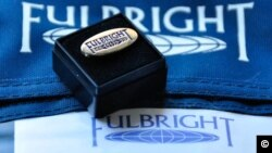 Fulbright-logo-2