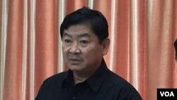 Cảnh sát trưởng Phnom Penh Chuon Sovann.