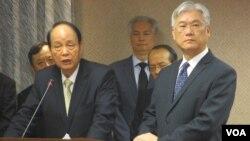 台湾相关官员在立法院就肯亚案接受质询(右一为陆委会主委夏立言)