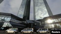 Штабквартира Deutsche Bank AG во Франкфурте, Германия