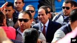 2014年5月26日总统候选人前埃及军方领导人塞西到达投票站