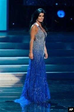 Penampilan Sheena Monnin dalam pemilihan Miss USA di Las Vegas (30/5).
