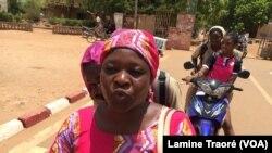 Fatimata Ouédraogo, parente d'élève à Ouagadougou, Burkina, le 7 mai 2019. (VOA/Lamine Traoré)