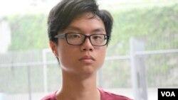 香港中文大學學生會前會長區倬僖對學生會解散感到痛心 (美國之音湯惠芸)