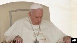 Papa Fransisiko i Vaticano.