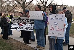 Opponents of the health care plan demonstrate in Iowa, 25 Mar 2010