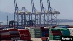 Hàng hóa tại cảng Ninh Ba, tỉnh Chiết Giang, Trung Quốc.