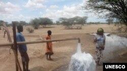 肯尼亞圖爾卡納地區發現地下水源